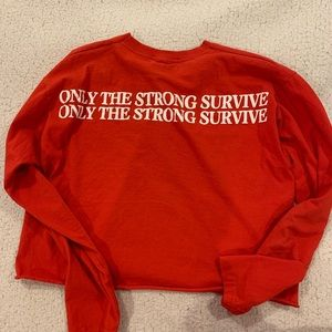UO Only the strong survive long sleeve